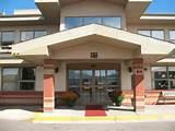 Retirement Home Medicine Hat Photos